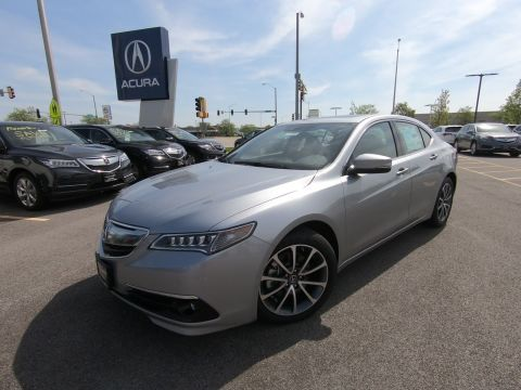 New 2017 Acura TLX V6 w/Advance Pkg