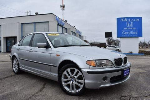Pre-Owned 2002 BMW 3 Series 330xi
